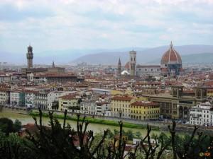 Вид на Флоренцию со смотровой площадки Пьяццале Микеланджело