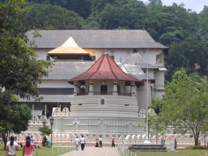 Шри-Ланка. Храм Зуба Будды