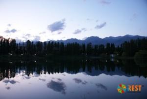 Озеро Иссык - Куль. Фото 1