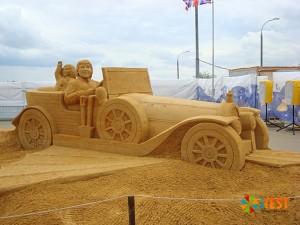 Песчаный автомобиль