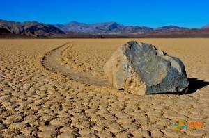 Блуждающие камни. Фото