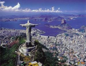 Статуя Христа и вид на Рио