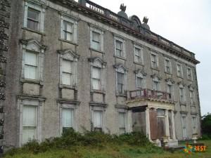 Замок Loftus Hall