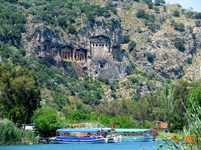 Семейный отдых в курортном районе Кемер в Турции