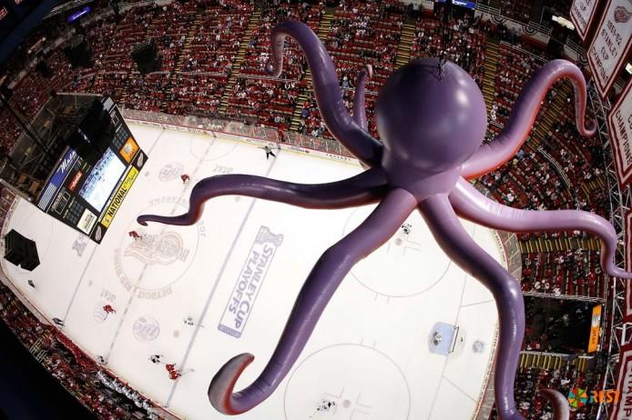 осьминог на льду или хоккейная традиция в детройте