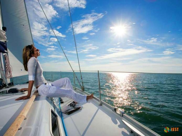 Какие проблемы могут возникнуть во время отдыха за границей и что взять на море!