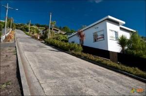 Новозеландская Baldwin Street – самая крутая улица мира