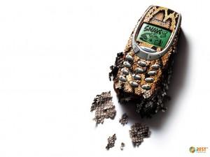Комплектующие к телефонам