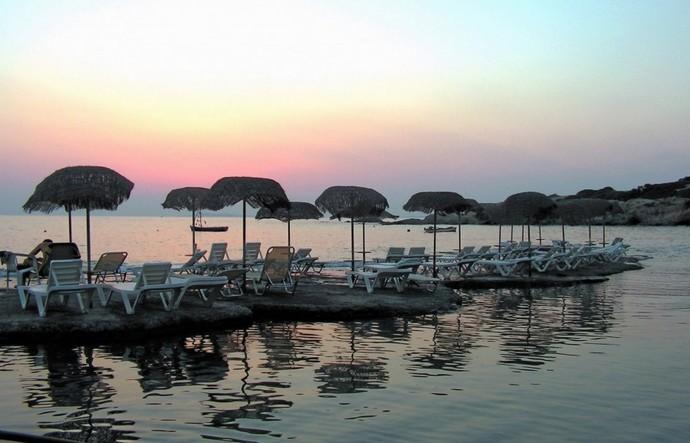 Анависсос -остров для семейного отдыха.
