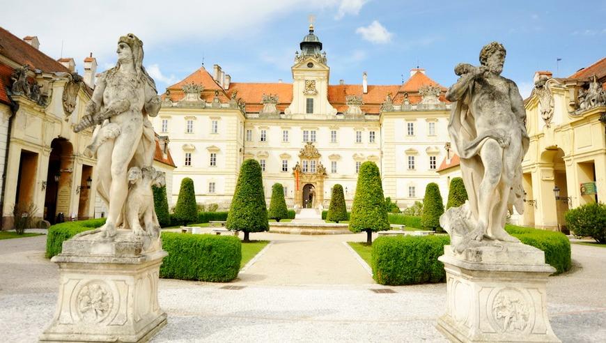 Замок Валтице, Чехия