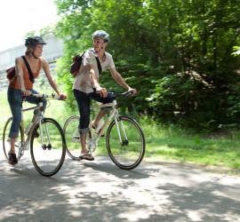 турист на велосипеде