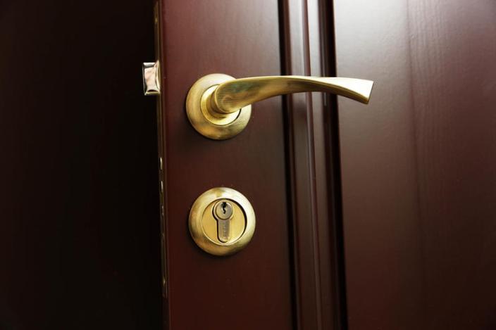металическая-входная-дверь