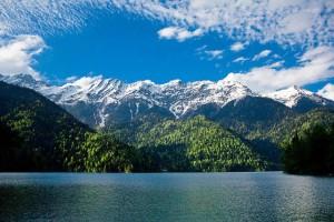 Чудесный отдых на курортах Абхазии