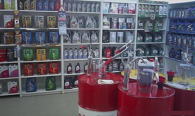 магазине-Oilsmarket