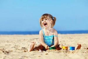 Как организовать отдых на море с детьми