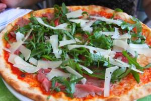 50 оттенков пиццы: как ее готовят в разных странах?