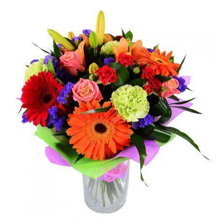 dostavka-cvetov-sdelaet-samyj-krasivyj-podarok-vashemu-imeninniku
