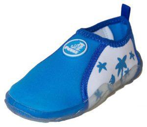 Какая обувь нужна ребенку для плавания?
