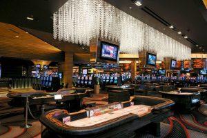 Какие игровые автоматы онлайн предлагает казино Вулкан?