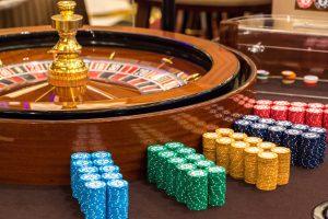 Какие игры в казино онлайн Вулкан Неон?