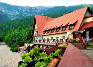 Отель в Ялте Полянка Сказок — лучший для отдыха с детьми