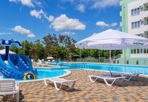 Обзор парка-отеля Лазурный берег в Анапе
