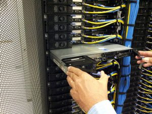 Что даёт выделенный VPS-сервер ?